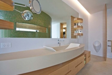 Bathroom 14
